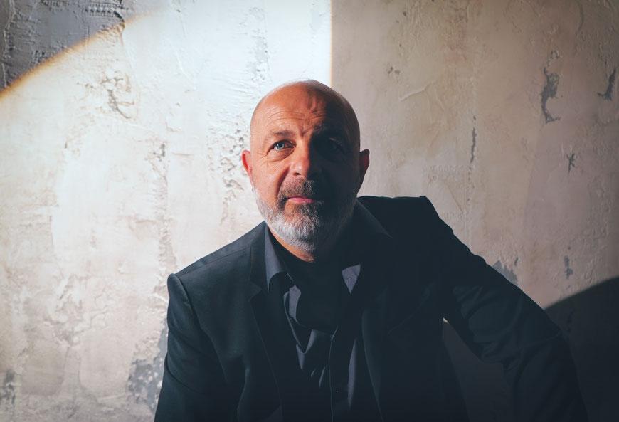 Thomas Riedl - Licht und Raumdesigner