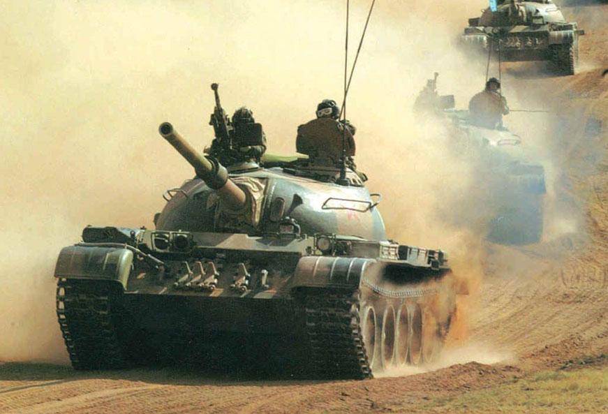 Le Type 59, malgré une mobilité plus que respectable, n'est pas adapté pour la région marécageuse et les faibles ouvrages d'art du Sud chinois