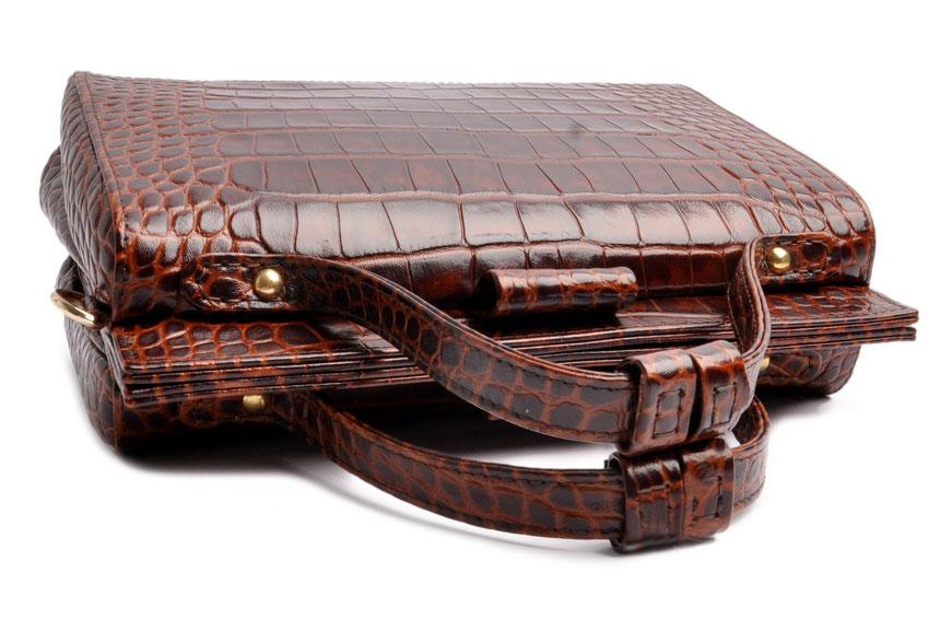 Ledertasche Vintagestil . Arztkoffer Leder braun ESTELLE  . OSTWALD Traditional Craft