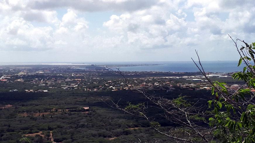 Blick vom Aussichtspunkt Seru Largu nach Kralendijk