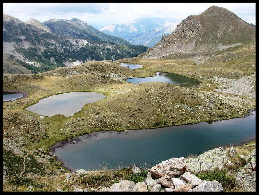Les lacs de Prals en automne