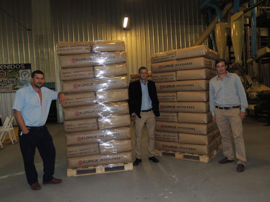 Los hermanos Félix, Cristian y Jhony Klimiuk tienen a cargo la empresa familiar.