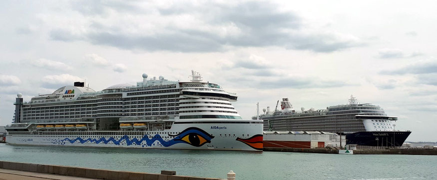 AIDAperla und Mein Schiff 5 in Le Havre