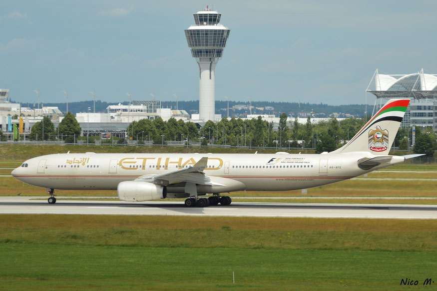 A330-300 (A6-AFE)