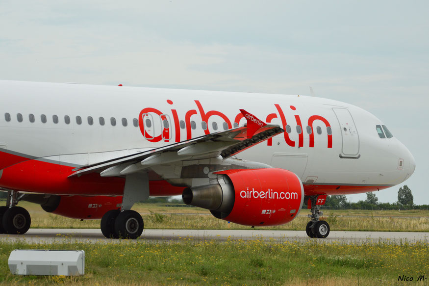 A320-200 (D-ABFF)