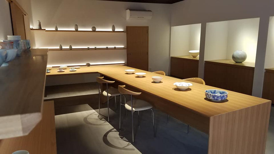 晩香窯ギャラリー: モダンジャパンな空間に庄村健、庄村久喜の美しい作品たちを展示販売しています。