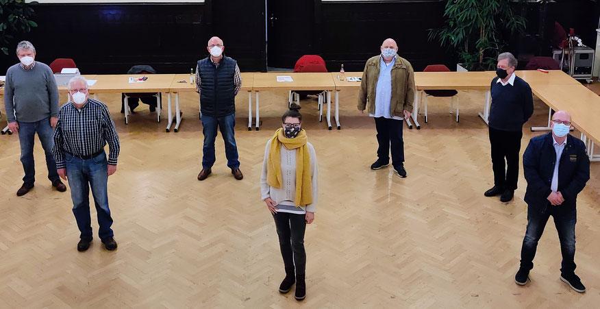 v. l. n. r.: Karl Otto Hainbach, Rolf Spänhoff, Manfred Zimmermann (Wallau), Marleen Schneider (Weifenbach), Ernst Otto Möschet, Michael Marinc, Dirk Arnold (Biedenkopf).