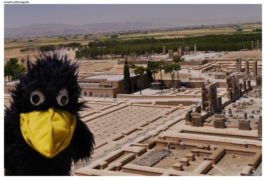Wirklich richtig antike Baudenkmäler gibt es auch zu bestaunen und die gehören zu einer anständigen Iranreise auch unbedingt dazu.