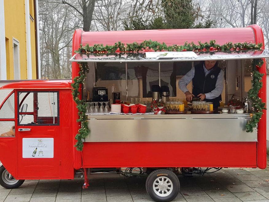 Winterempfang - weihnachtlicher Glühwein - Kaffee - heiße Schokolade im Schampusmobil