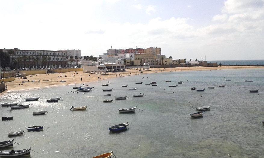 Playa de la Caleta bei Ebbe im April