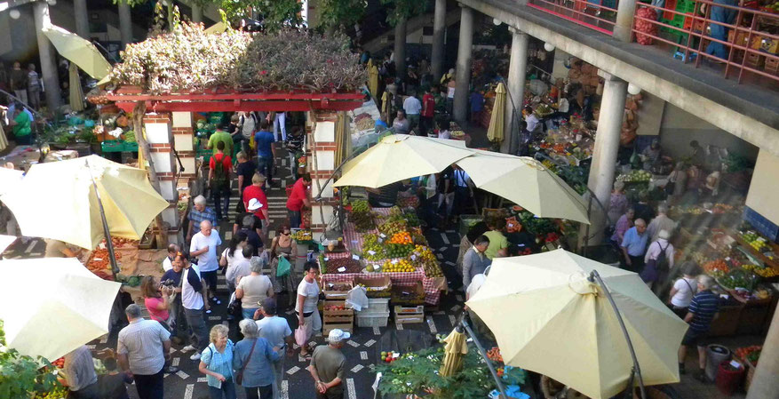Markthalle in Funchal am Samstag