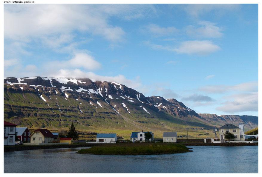 Seyδisfjörδur (Ostfjorde)
