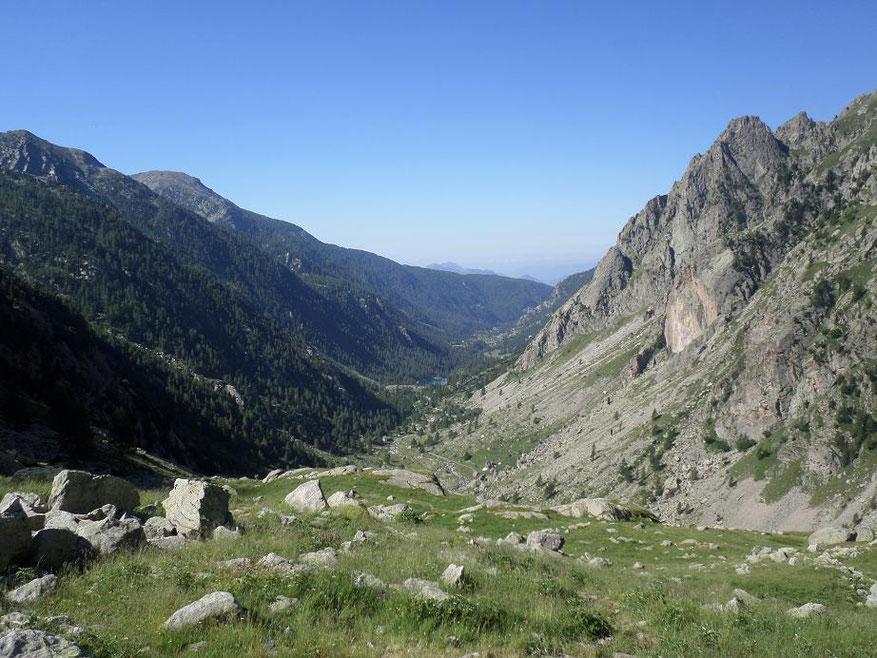 Vue sur le vallon de la Gordolasque