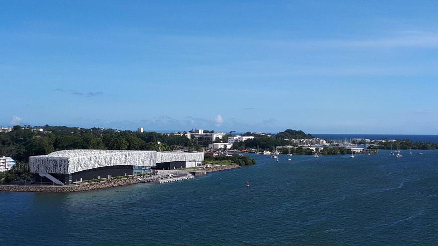 Museum MEMORIAL ACTe am Hafen, das über die Sklaverei auf Guadeloupe informiert