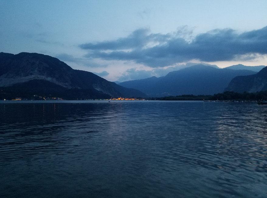 Lago Maggiore am Abend