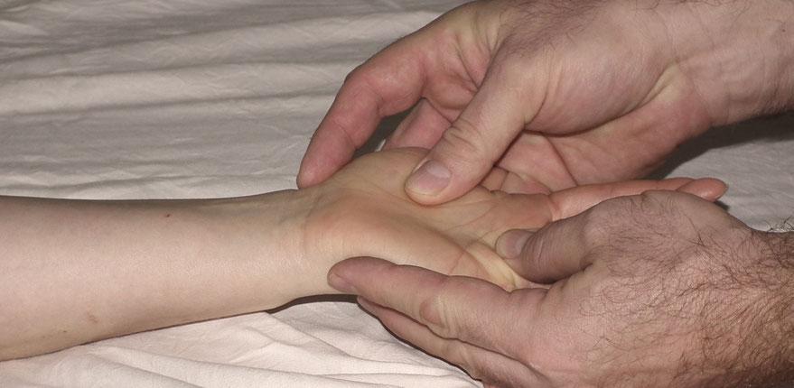 Lomi Massage, Lomi Ausbildung, Lomi Lomi Nui Ausbildung, Lomi Lomi Nui Kurs, Massagekurs, Massageausbildung, Körperarbeit
