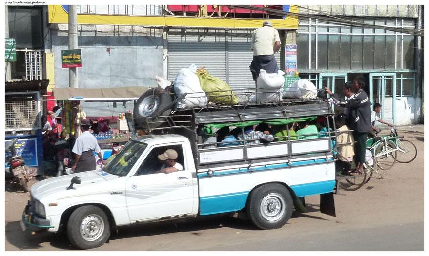 Ein Pick-up-Taxi bei der Arbeit.