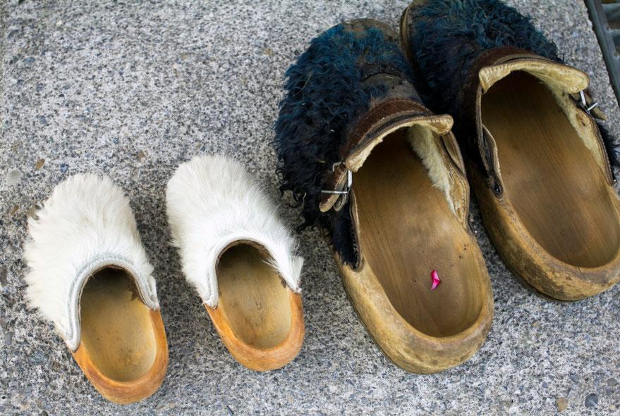 Arlbergo gyventojų tradicinis apavas / Foto: Kristina Stalnionytė