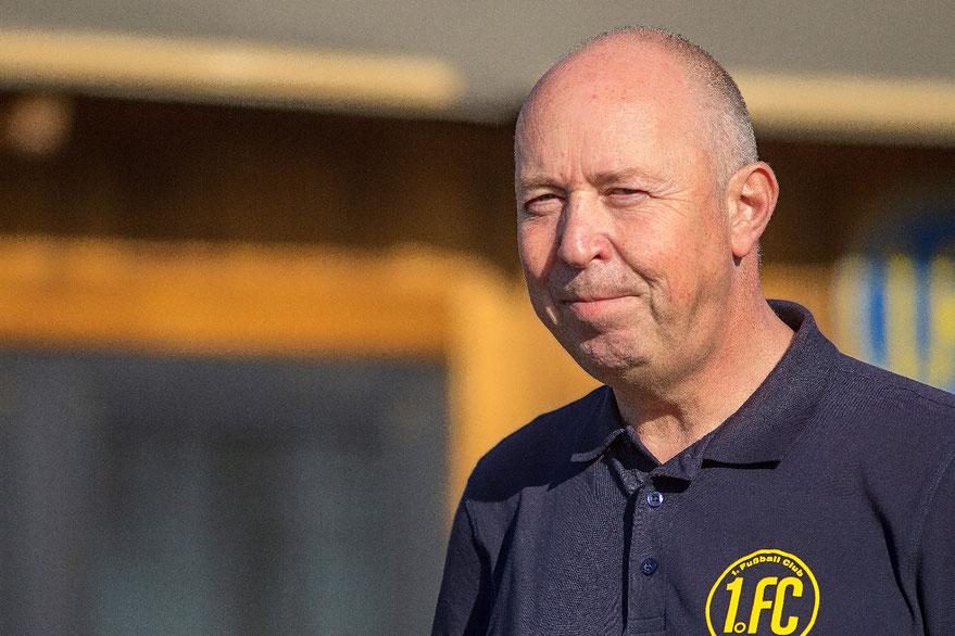 Mr. 1. FC: Peter Deutzmann lebt für den 1. FC Solingen (Foto: deutzmann.net)