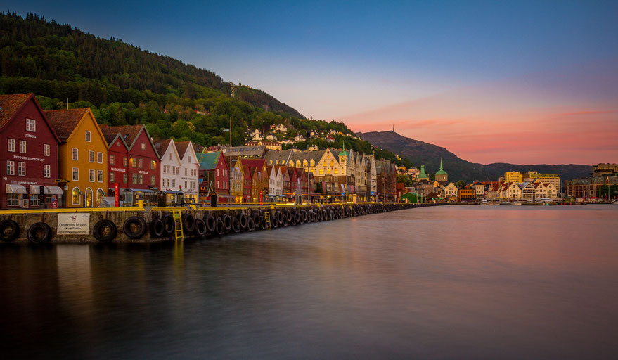 Long exposure of Bergen harbour after sunset