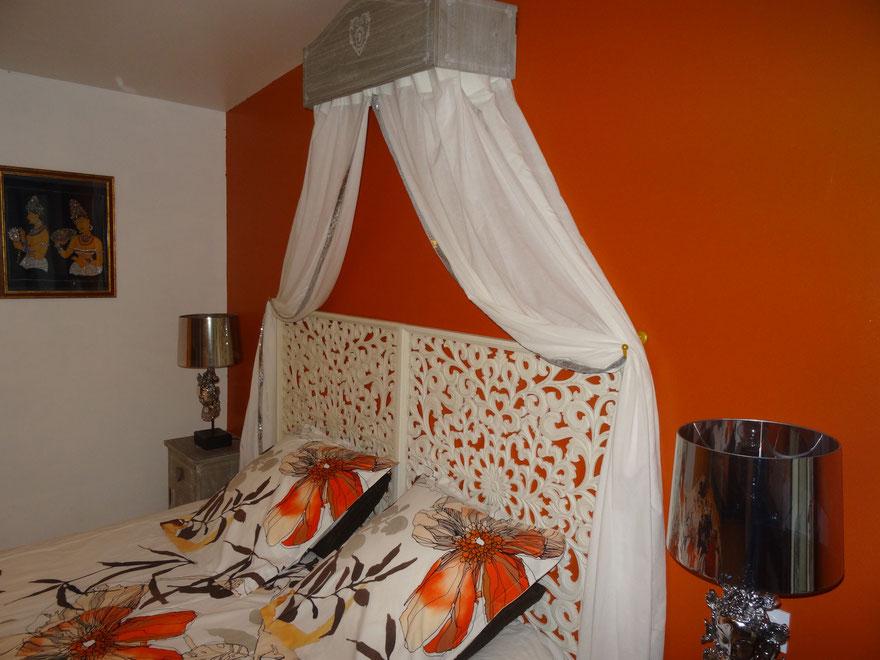 Chambre sigiriya est pour couchage 2 ou trois personnes decor exotic au couleur tropical  vous faire dréver' du isle aux l' océon indien