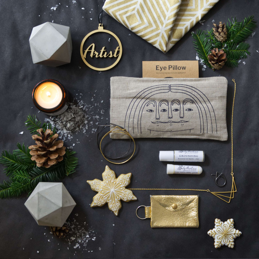 Golden happiness is part 4 of the PASiNGA designer maker Christmas gift guide series