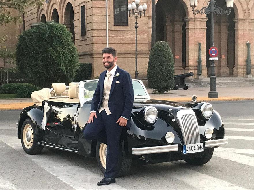 Alquiler de coche clasico y epoca para bodas