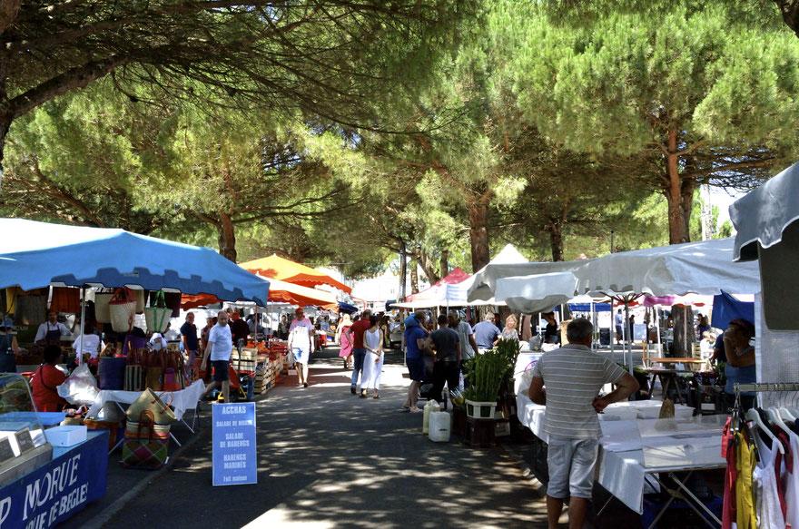 Leognan Saturaday Markets