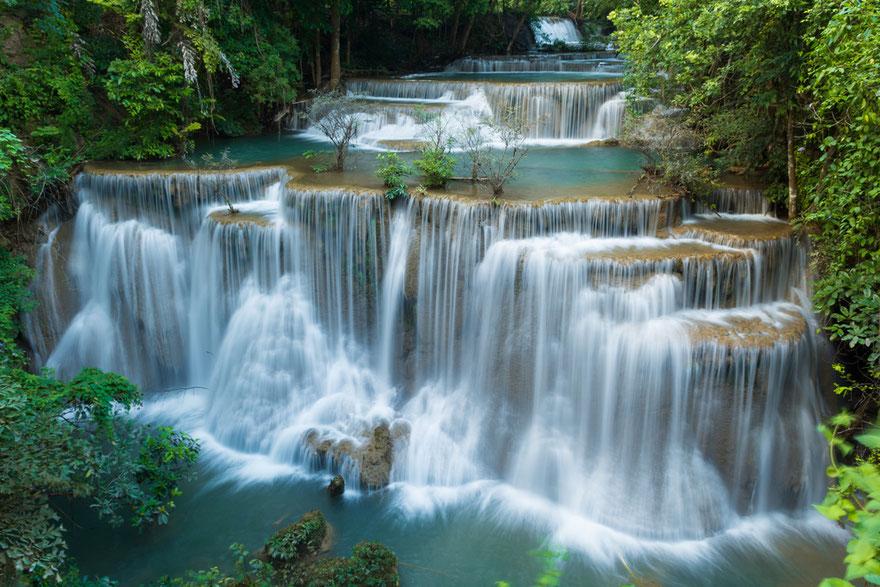 So schön kann Kanchanaburi sein. (Huay Mae Khamin Wasserfall im Srinakarin Nationalpark/ Kanchanaburi)