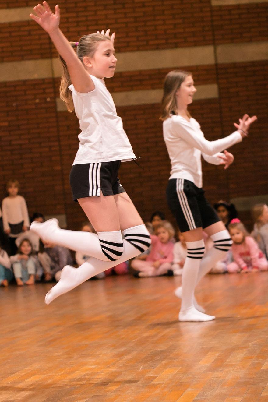 Tanzkurs Freiburg, Tanzen Freiburg, Tanzstudio Freiburg, Ballett Jugendliche Freiburg, Contemporary Dance Freiburg
