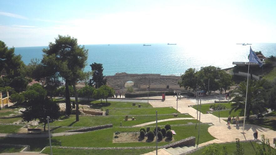 römisches Amphitheater (in der Nähe hält der Shuttlebus)