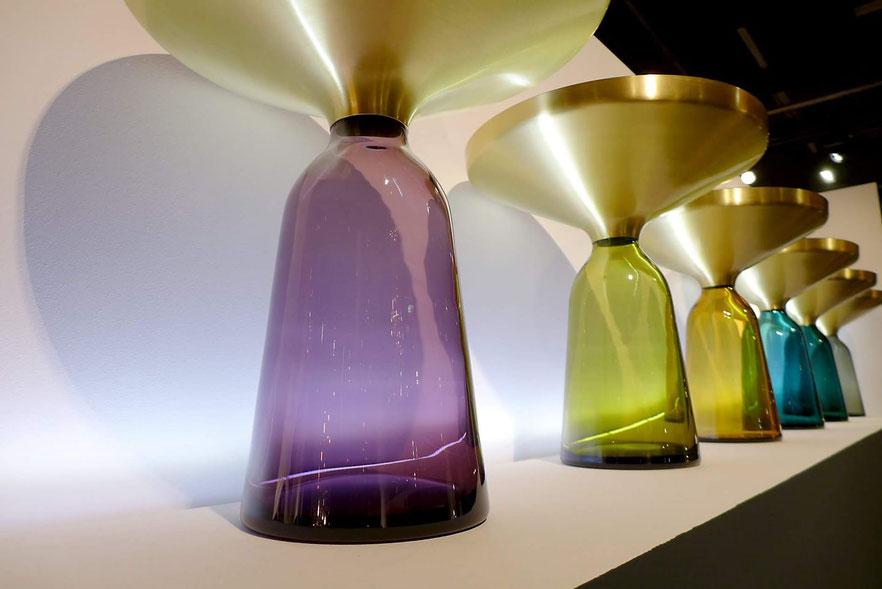 Abbildung aus unserem eigenen bescheidenen Blog. Sebastian Herkner Tischchen, gesehen auf dem Salone del Mobile, Mailand