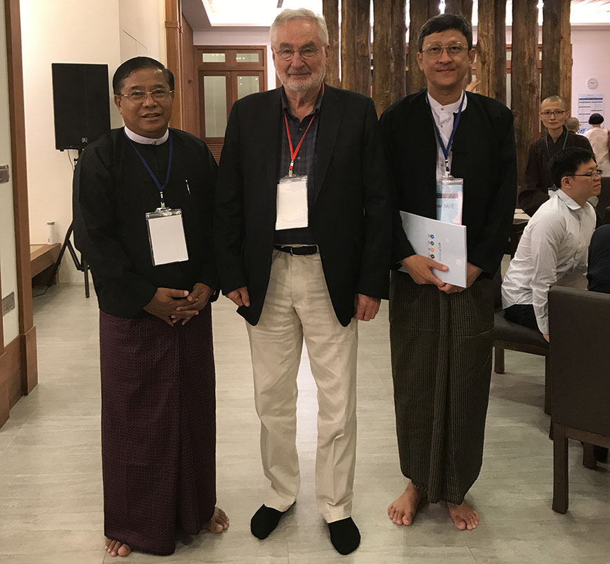 Ernst Pöppel with Aung Than Htut, Lt. Gen. (Ret), Parliament Member, who supports this initiative (on the left), and Director Win Moe from the Tun Htaik Tin Company.
