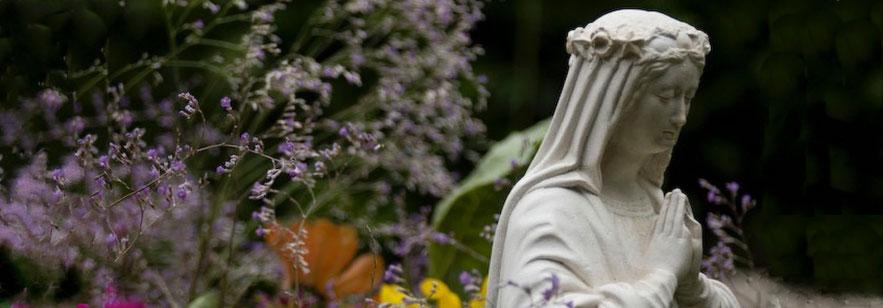 Les célestes des bijoux fantaisie galinou création sont des bijoux fantaisie bracelets, boucles d'oreilles pour le vie de foi chrétienne.