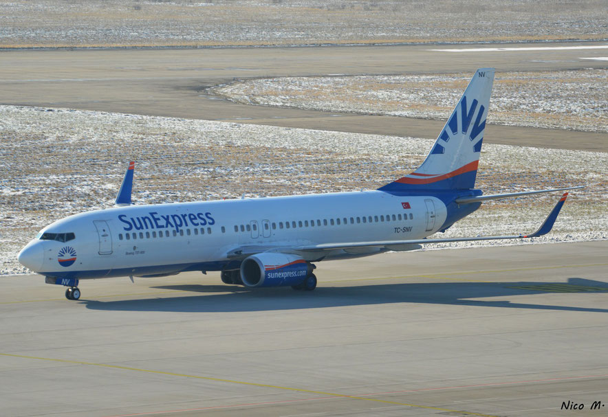 B737-800 (TC-SNV) der SunExpress