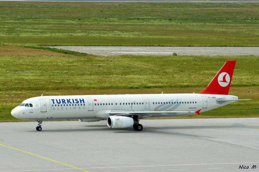 A321-200 (TC-JMH)
