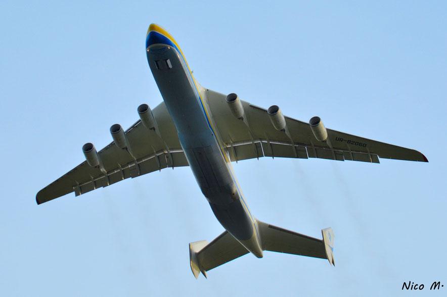 An-225 (UR-82060)
