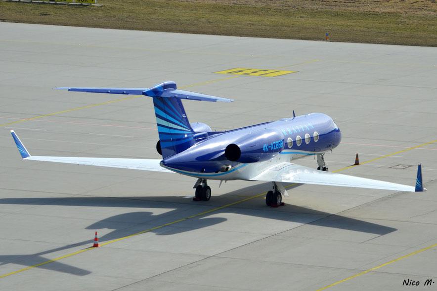 Gulfstream 550 (4K-AZ888)