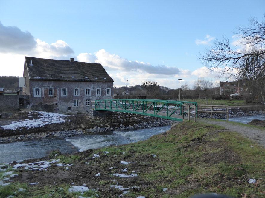 Kerkrade - de Baalsbruggermolen aan de rivier de Worm. Ailbertus bouwt op deze plek reeds een molen. Foto 3 februari 2019.