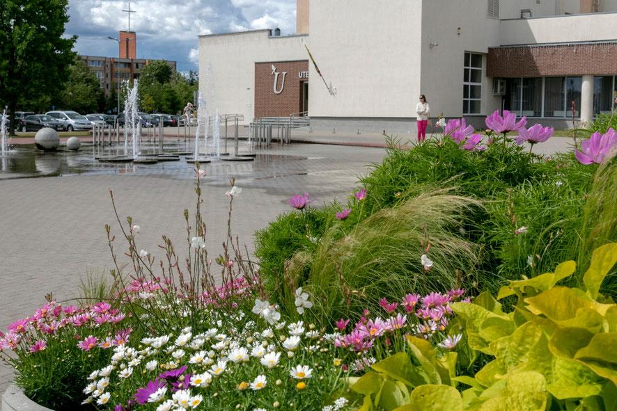 Utenos kultūros centras ir fontanai