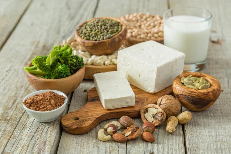 Für proteinhaltige pflanzliche Lebensmittel wie Linsen, Nüsse oder Haferflocken muss kein Tier auf grausame Weise sterben.