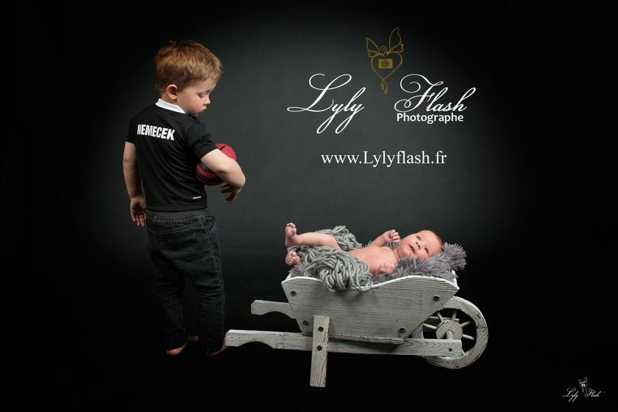 photographe naissance bébé rugby sport