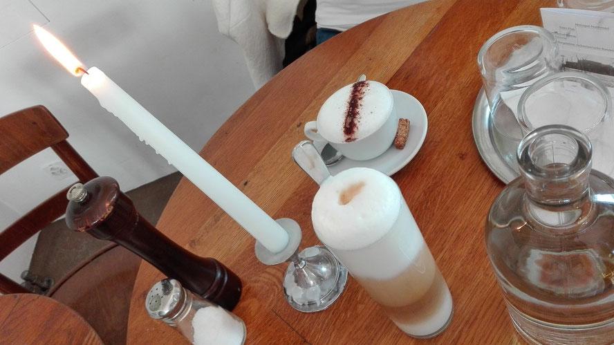 Basel cafe zum kuss Schweiz SBB