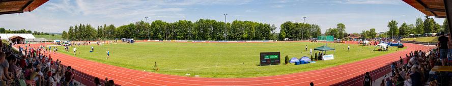 ...einer Meisterschaft würdig...das tolle Sonotronic Stadion in Karlsbad-Langensteinbach...