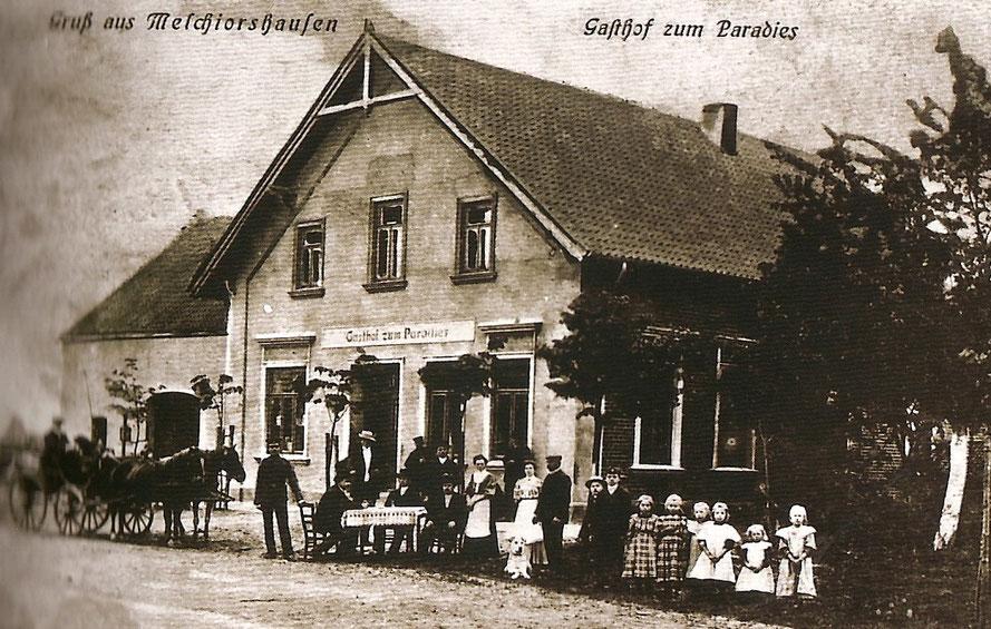 """Eine Postkarte zeigt die Gaststätte mit dem neuen Namen """"Gasthof zum Paradies""""2"""