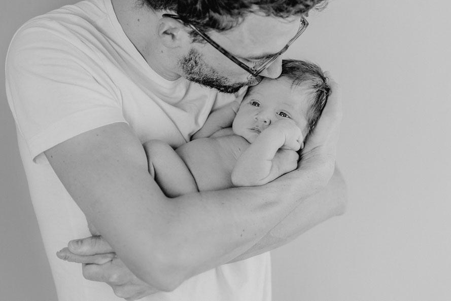 Babyfotos Kiel Neugeborenenfotos Babyfotografie Neugeborenenfotografie Babyfotograf Kiel