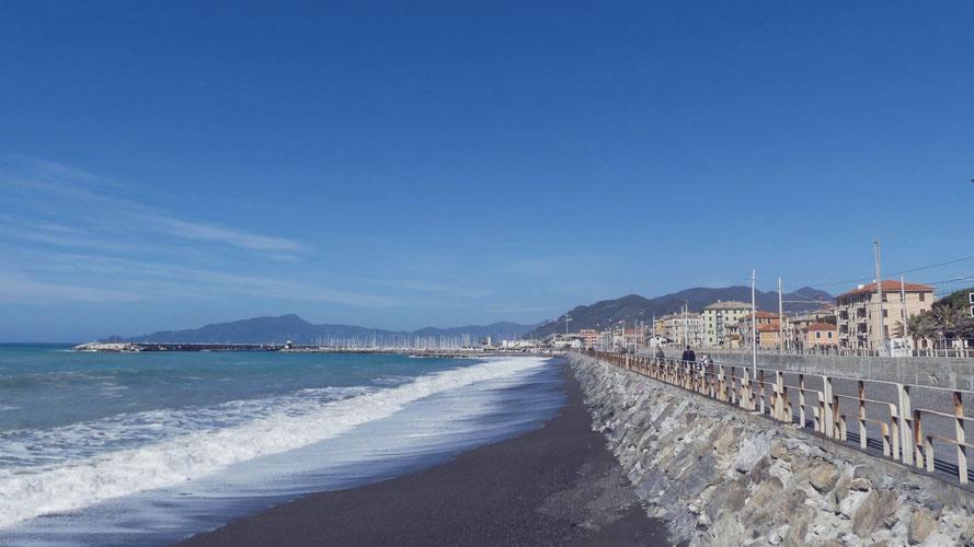 BIGOUSTEPPES ITALIE PLAGE LIGURIE