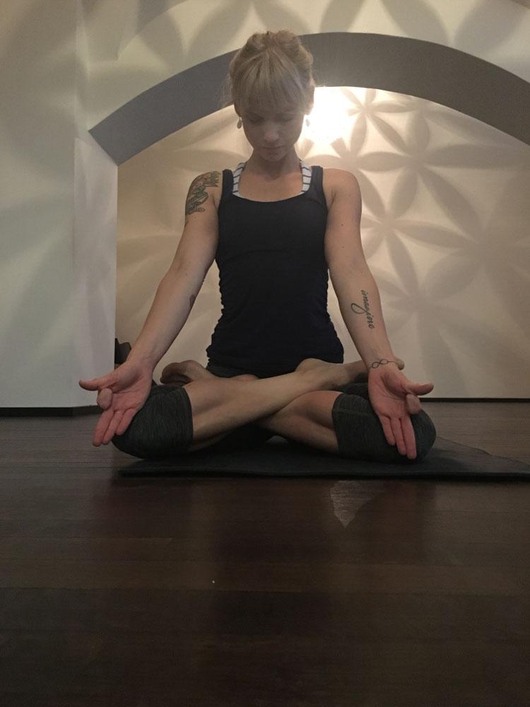 Yoga München - Die Yogalehrer Katja Kirchhofer und Franz König