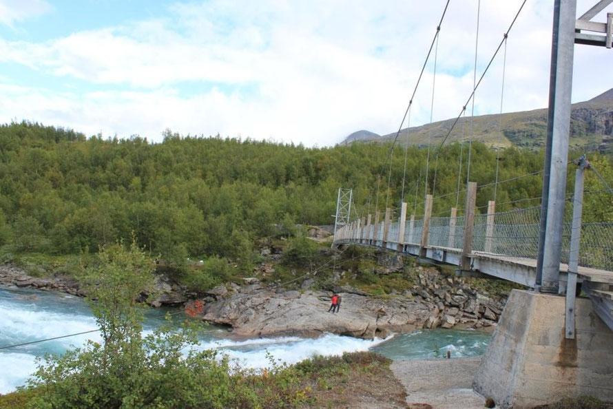 Brücke über den Vuojatädno