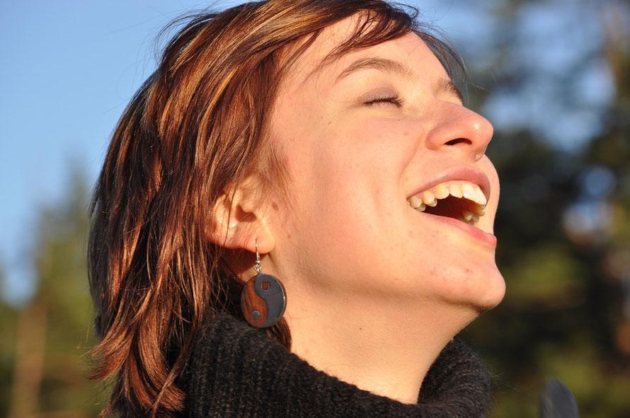 Les rayons du soleil stimulent le bonheur